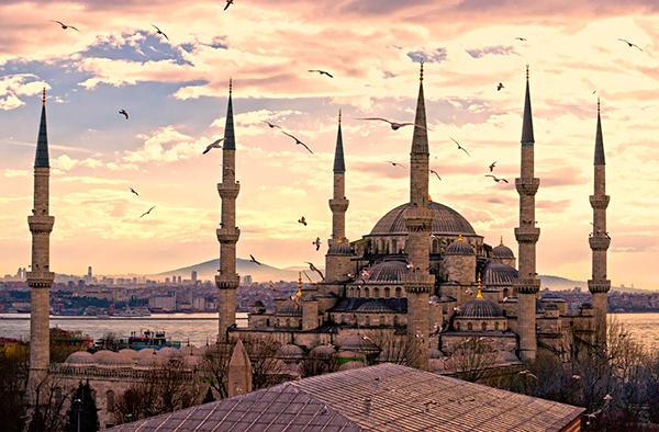 Летом — в Стамбул!